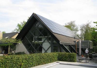 Bijzonder dak met 60 panelen in Oosterhout