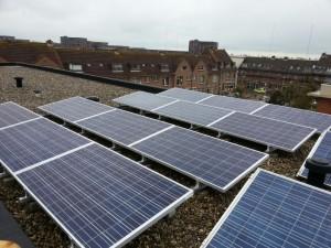 250 WP ZN Shine Poly panelen + KLNE Solartec omvormer