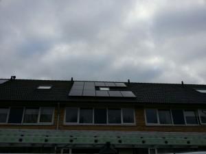 12 ZN Shine 250 WP Mono panelen + KLNE Solartec omvormer
