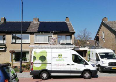 Zonnepanelen hellend dak Oosterhout