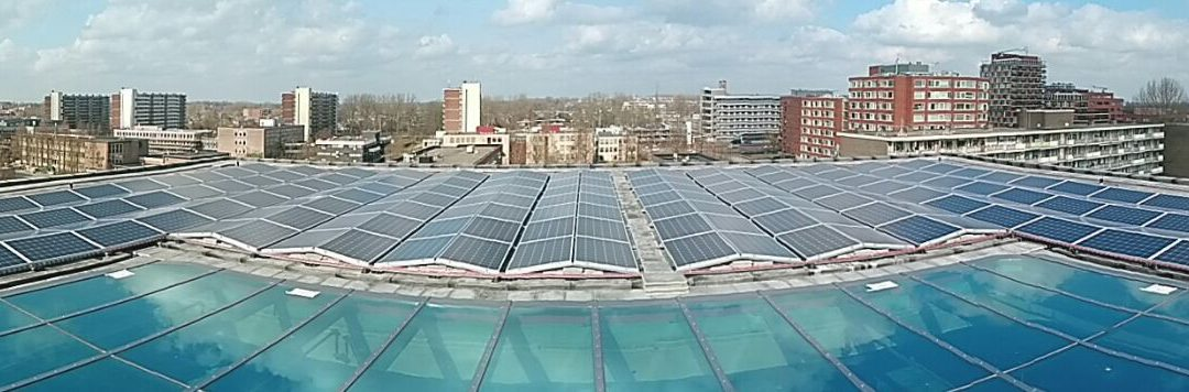 Dagopbrengst van een dak met zonnepanelen