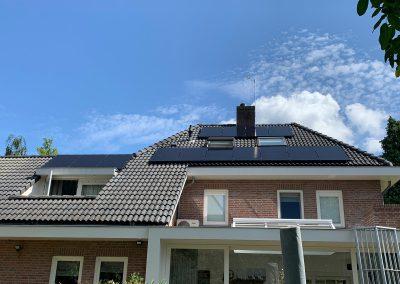 Zonnepanelen hellend dak 's-Hertogenbosch