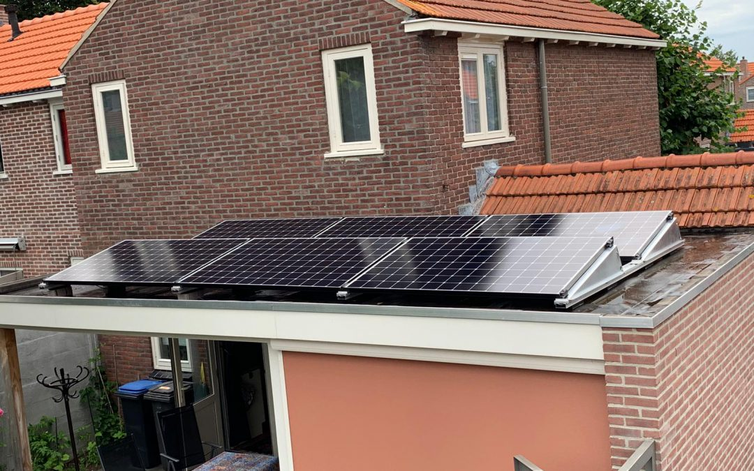 Zonnepanelen plat dak Oisterwijk