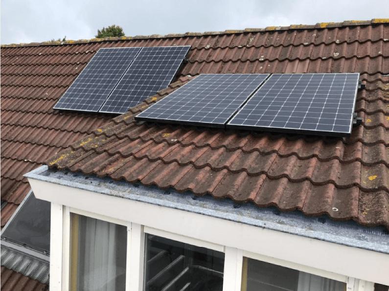 4 hoge rendement zonnepanelen van hoge kwaliteit in Breda