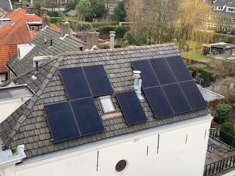 Woning in Breda met 11 SunPowers X21 335Wp zonnepanelen met optimizers van SolarEdge