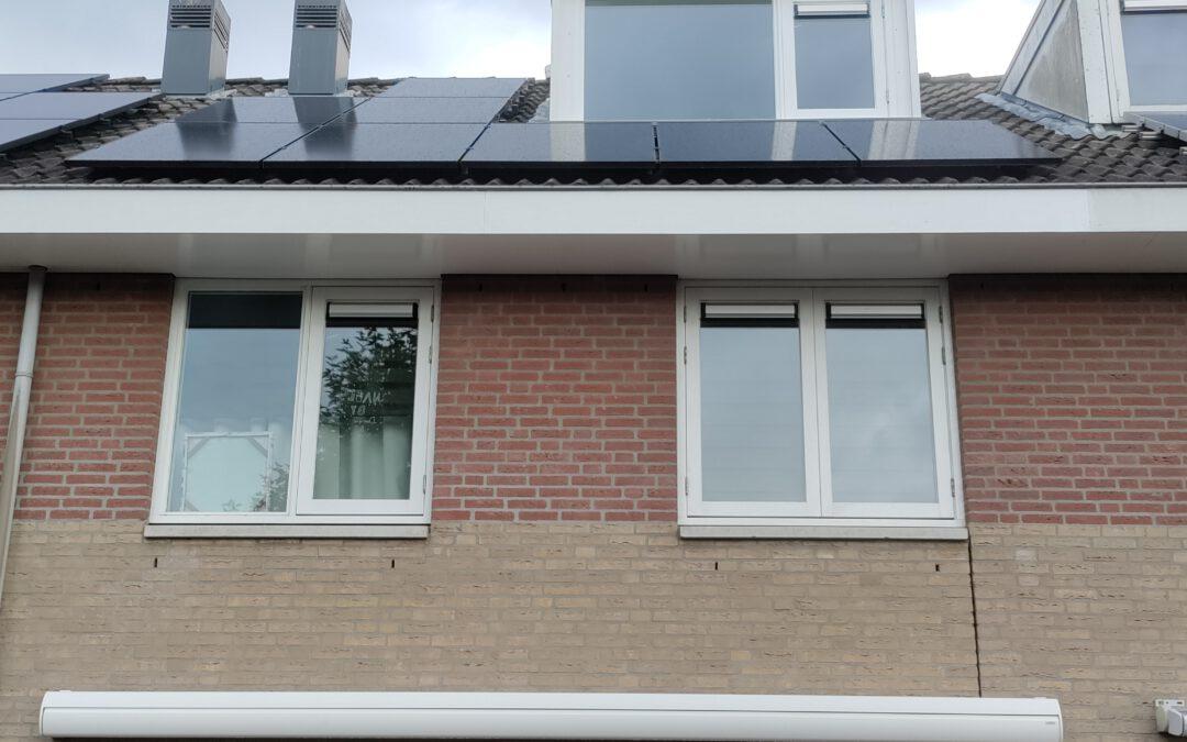SunPower Max3-375Wp zonnepanelen geplaatst in Oosterhout